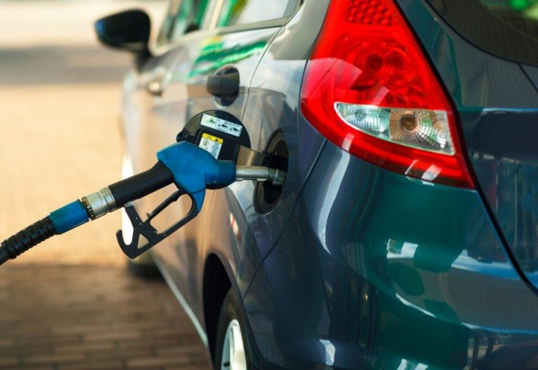 Car refueling in a petrol station